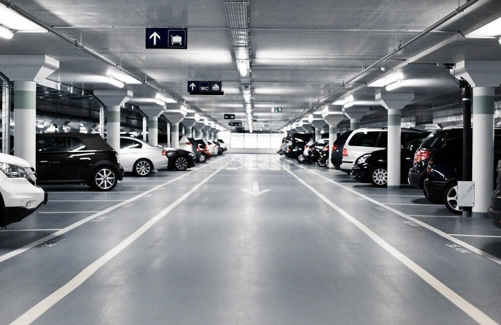 Les différences entre parking de longue durée et gardiennage